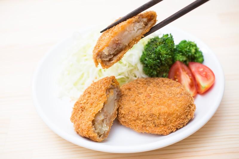 「菜箸deスマホ」を使って料理中にタブレットを簡単操作!!