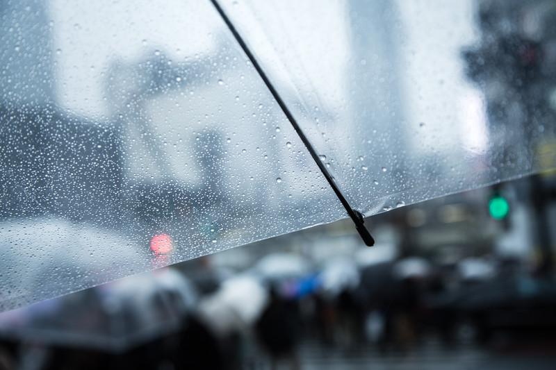 英ブランド KAZbrella 発、ZIPでも紹介!! おしゃれで機能性抜群の「逆さ傘」が人気上昇!?