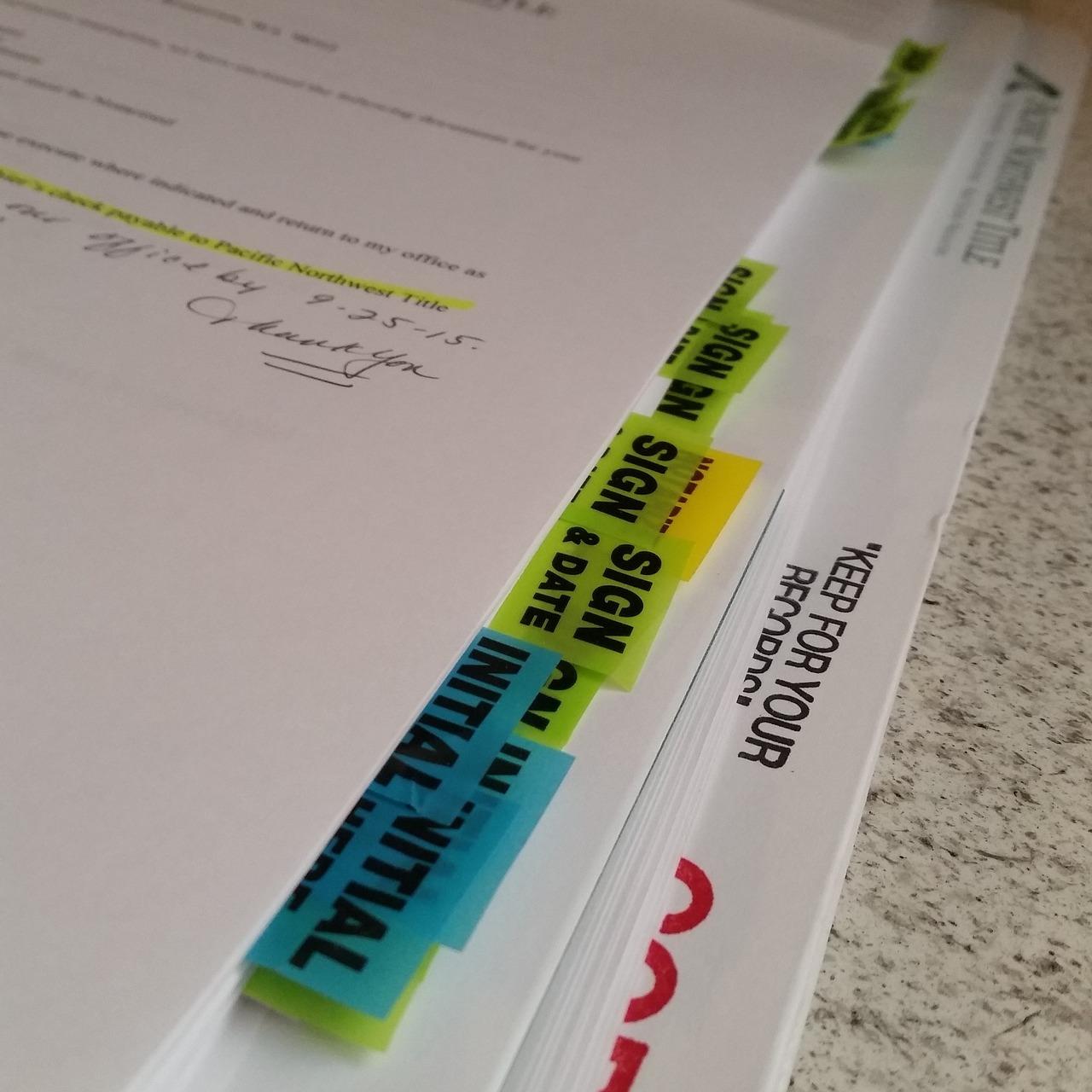 机の上に立てて資料整理&持ち運びもラクラクのレイメイ藤井「ミーティングボックス」!!
