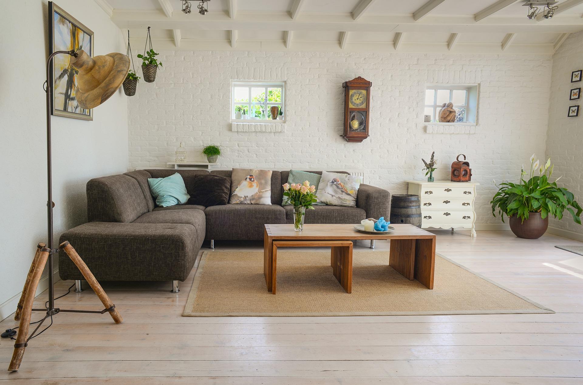 OYO LIFE なら手ぶらで引っ越し! どんな家具・家電が備え付けられている?