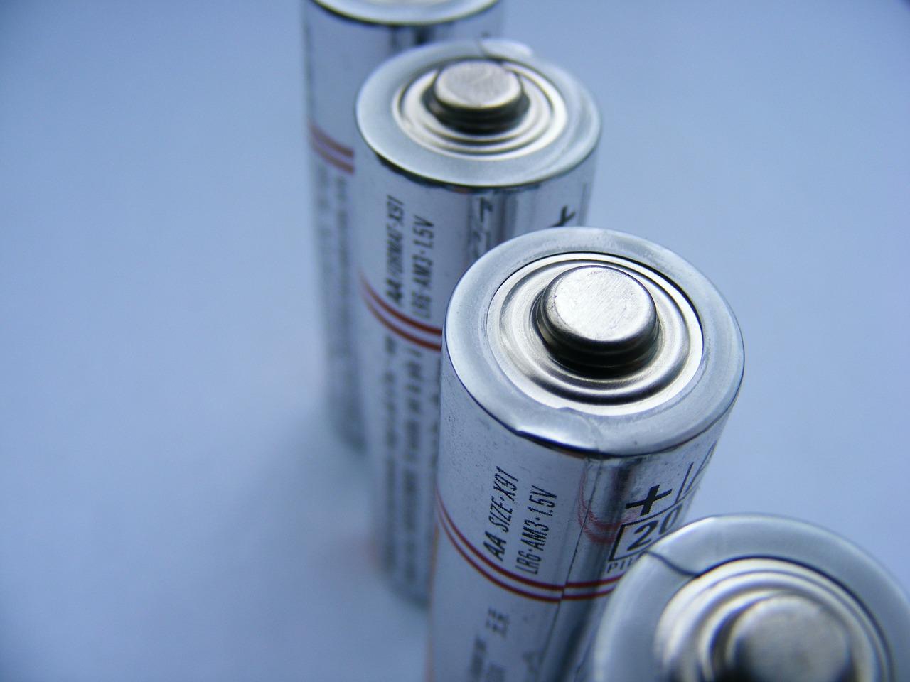 サンコー 入れるだけUSB電池充電器「充電ポット」充電池は付属?サイズ感は?