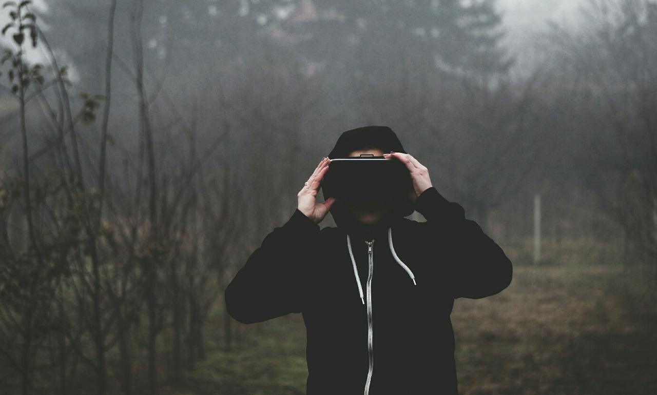 Oculus QuestでDMM VR動画再生、NETFLIX、YouTube等は見られるか?(2019.12最新)